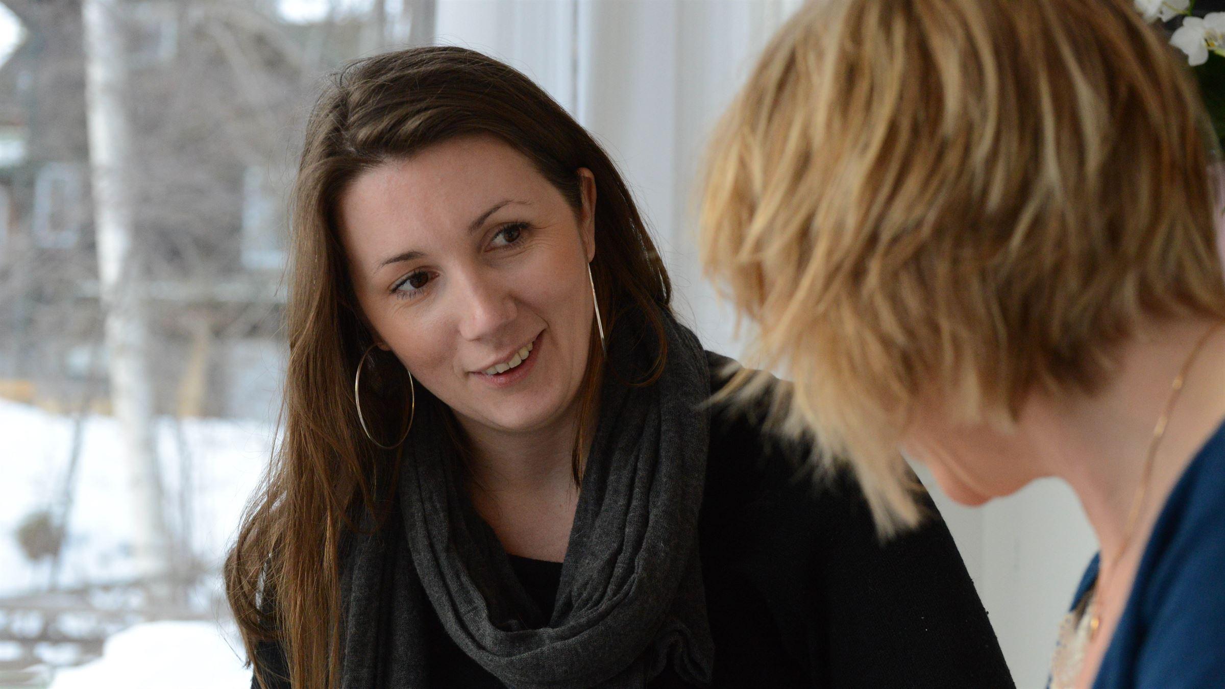 Emmeli Johansson, 30 r i Garphyttan p Kvarnvgen 23